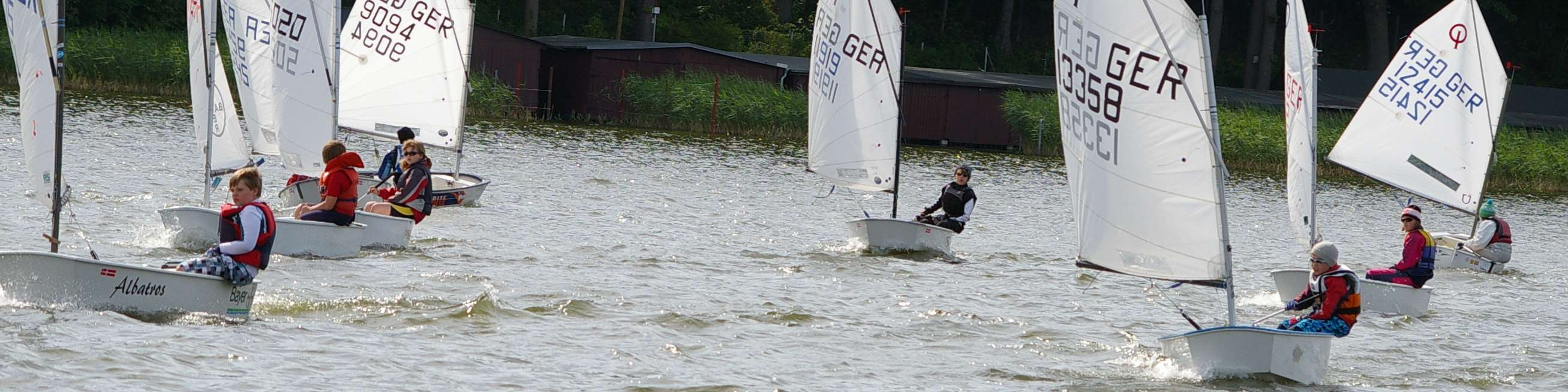 Optimistenfeld bei der Jugendregatta